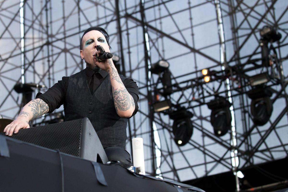 Marilyn Manson despide a su bajista por ser acusado de violación