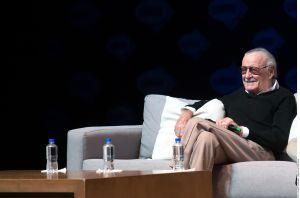 Enfermeras acusan a Stan Lee de acoso sexual