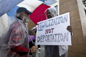 Proyecto de ley en el Congreso permitiría a inmigrantes con TPS aplicar para la residencia permanente