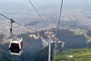 Garcetti contempla construir teleférico para transportar turistas al letrero de Hollywood