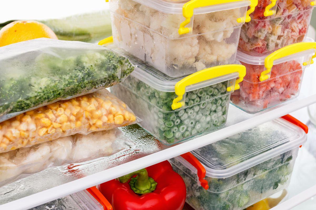 Congelar los alimentos es una de las mejores maneras de evitar intoxicaciones alimentarias.