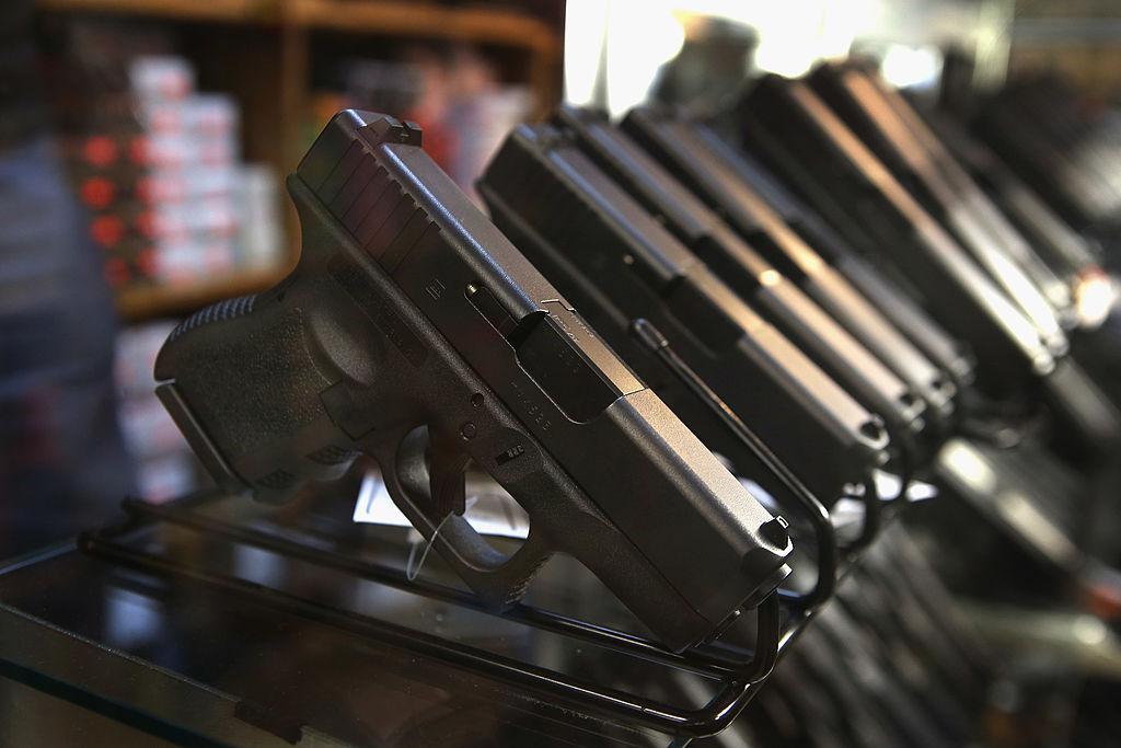 Armarse o desarmarse: el dilema de los mexicanos