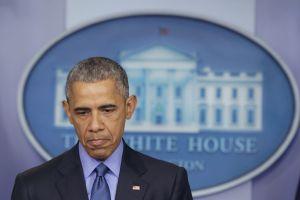 Congreso buscaría quitar pensión a Obama por aceptar $400.000 dólares de Wall Street