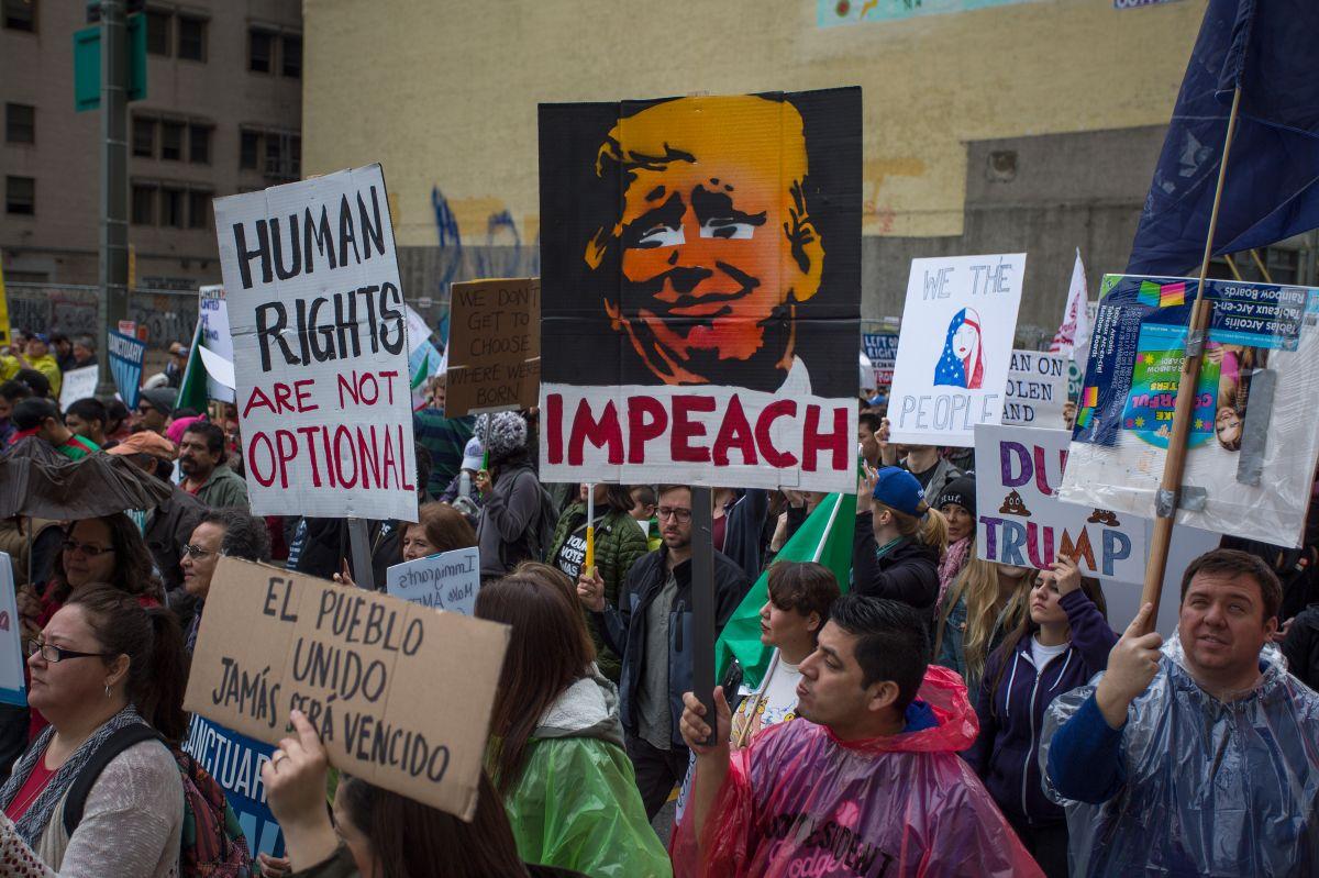 Ciudades piden la destitución de Donald Trump
