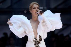 Celine Dion emociona en los Billboard cantando tema de 'Titanic'