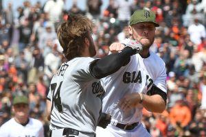Video: Strickland le pegó un pelotazo a Harper y se vaciaron las bancas en San Francisco