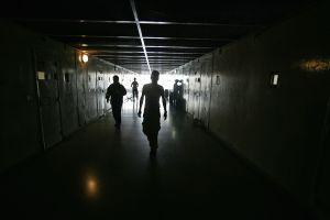Indocumentado se suicida en cárcel de ICE tras 19 días de reclusión en solitario