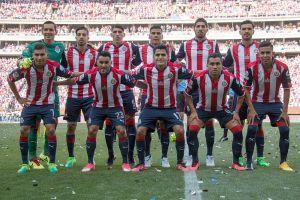 """Modelo asegura que este jugador de Chivas es golpeador, """"patán"""" y tiene herpes"""