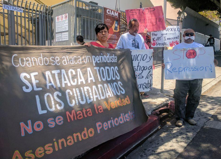 Periodistas mexicanos enfrentan una de sus peores crisis