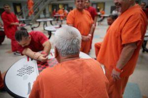 Inmigrante indocumentado de Honduras muere de COVID-19 bajo la custodia de ICE en Texas