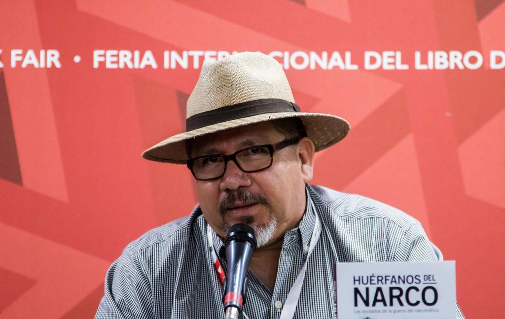 """Un detenido y """"mucho dolor'' a casi un año del asesinato del periodista Javier Valdez"""