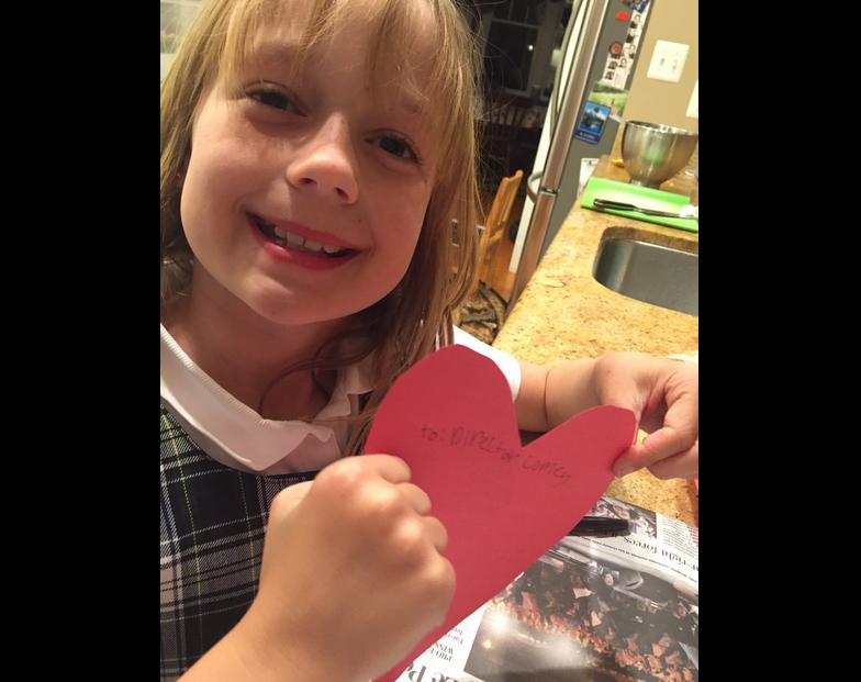 Niña de 9 años se compadece del exdirector del FBI con un tierno gesto