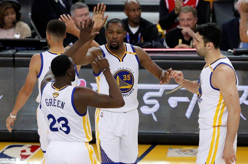 Los Warriors y otros equipos asombrosos de playoffs en los deportes de ligas mayores