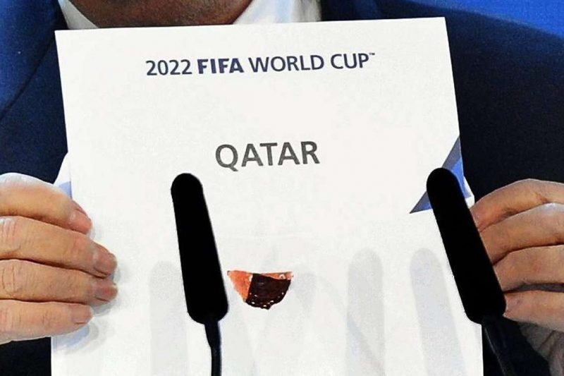 Qatar 2022: Funcionario de FIFA usó a su hija de 10 años para cobrar 2 millones de dólares