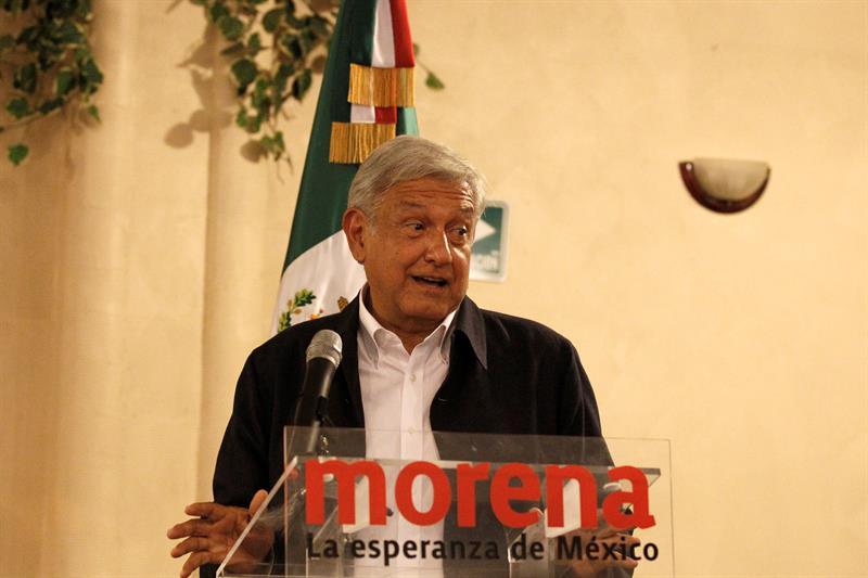 López Obrador alista cadena humana en la frontera, si Trump manda fuerzas armadas