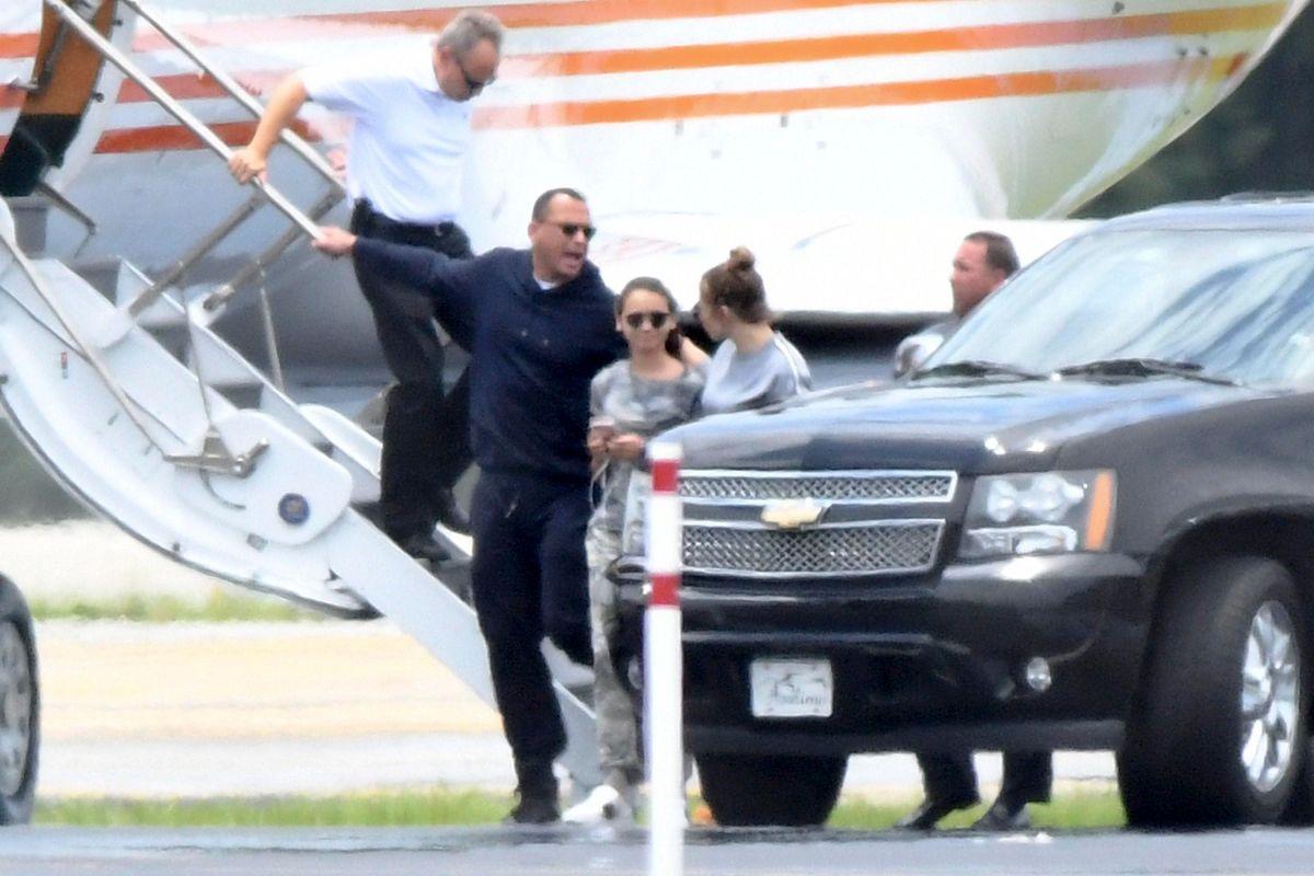 """Así reaccionó Jennifer Lopez al problema de extorsión de """"A-Rod"""""""