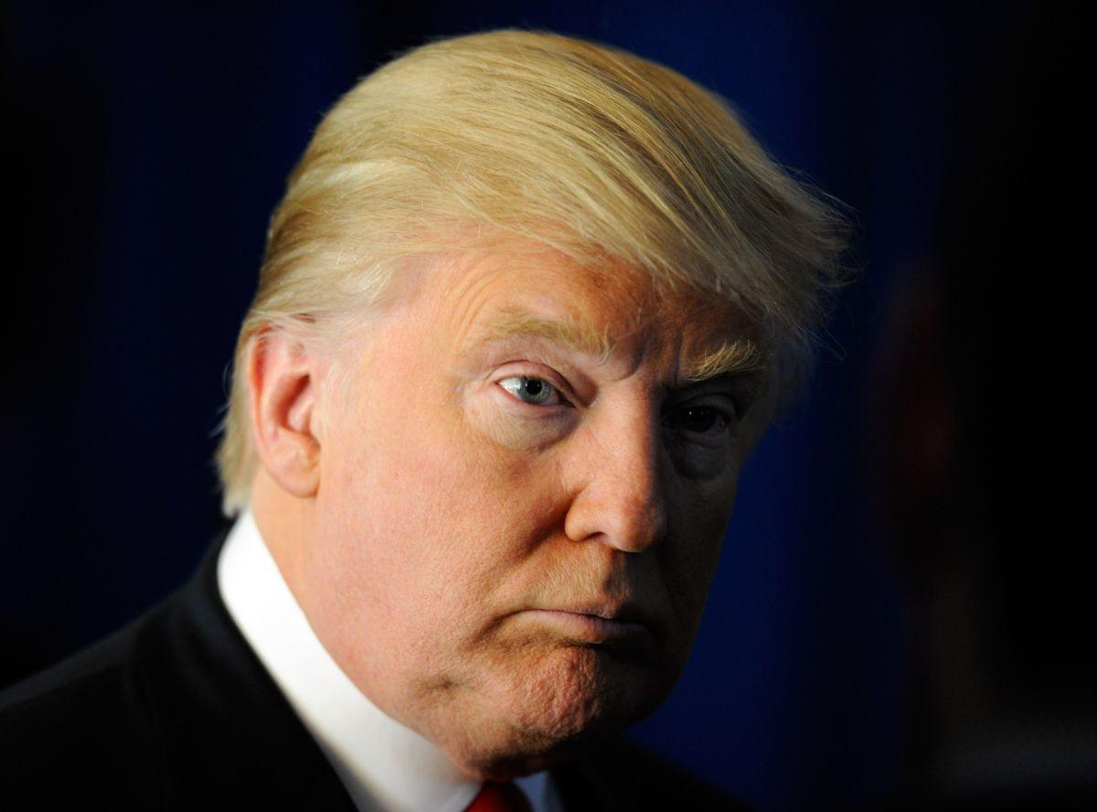 Los ataques de Trump contra Mueller acercan al país a una crisis, advierten republicanos