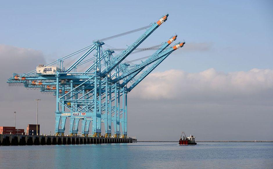 Ciberataque paraliza la mayor terminal del Puerto de Los Ángeles