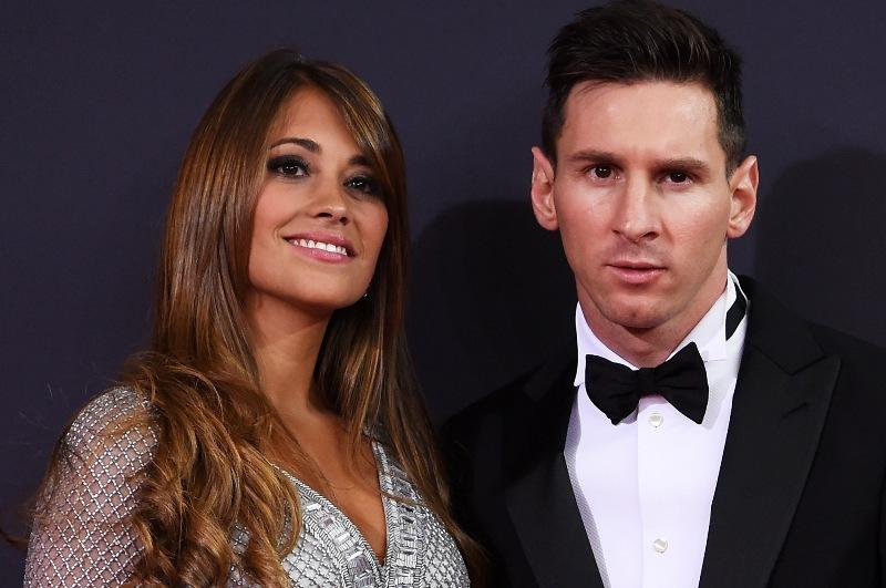 Messi se amarró con sus dos grandes amores: Antonela y el FC Barcelona.