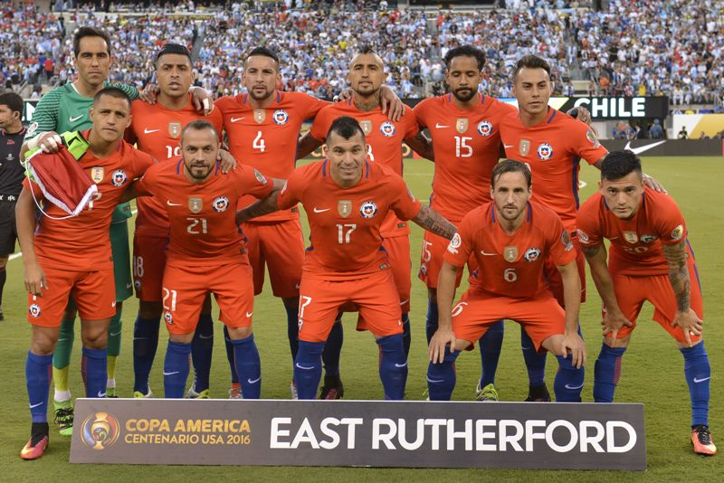 Chile busca consolidar a su generación dorada levantando la Copa Confederaciones 2017