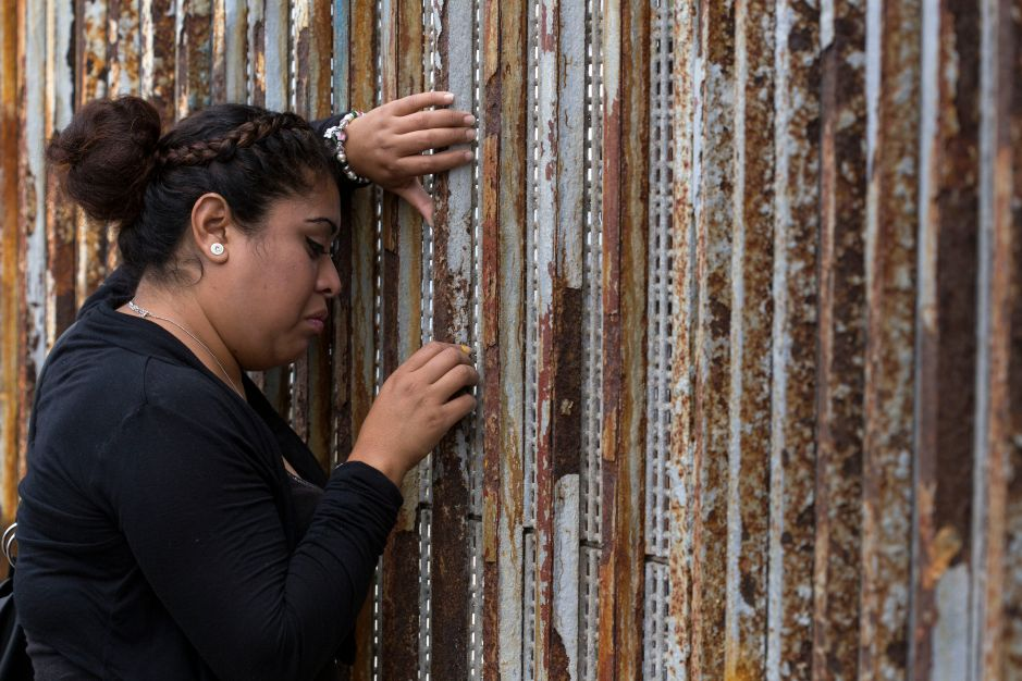 """La """"autodeportación"""" o perderlo todo: el dilema de miles de indocumentados"""