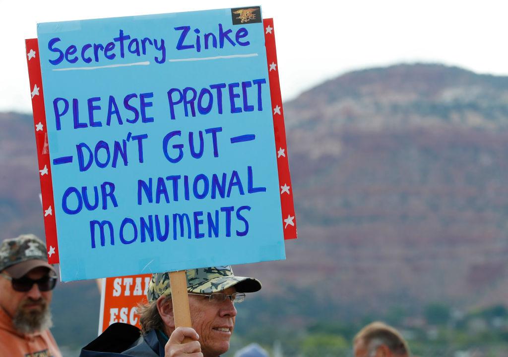 Debemos proteger nuestros Monumentos Nacionales