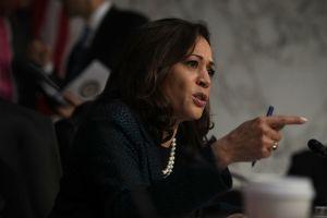 Senadora Kamala Harris se suma a causa de familia salvadoreña separada en la frontera
