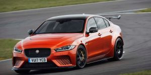¿Qué tan costosos son los autos Jaguar y a qué se debe su precio?