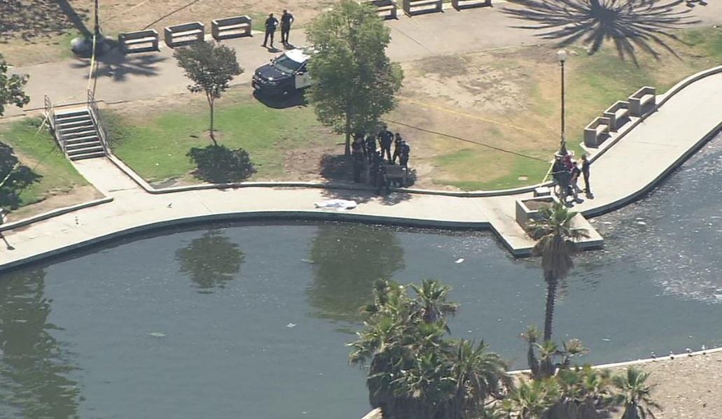 Hallan el cuerpo de una persona en el lago de MacArthur Park