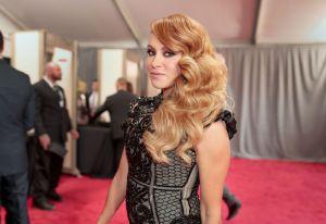 Paulina Rubio usó vestido transparente y se le vio más gordita en after party de los Oscars 2020