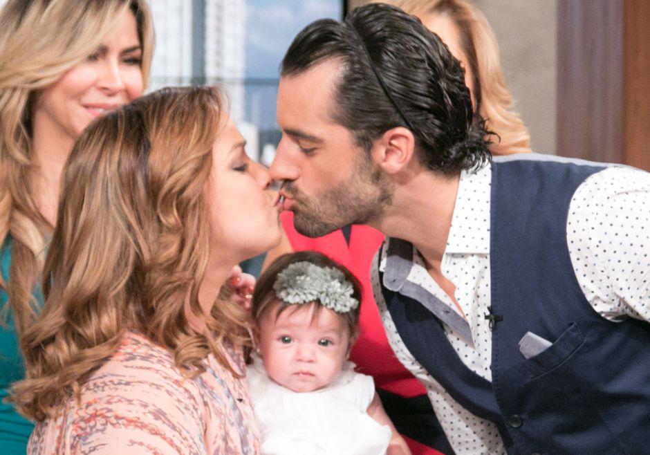 """Toni Costa sorprende al declarar que """"ya está casado"""" con Adamari López"""