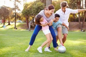 5 mejores juegos para disfrutar en familia durante el verano