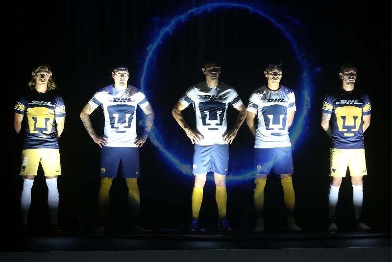 Los nuevos uniformes fueron presentados en las nuevas instalaciones de entrenamiento del equipo felino.
