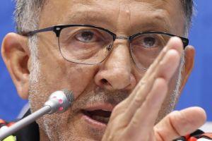 Osorio, sus rotaciones y una nueva humillación, a juicio de la afición en México