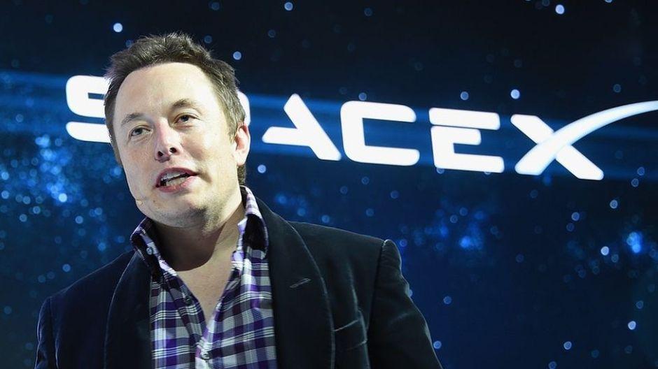 La polémica idea Elon Musk, fundador de Tesla, para acabar con el tráfico vehicular