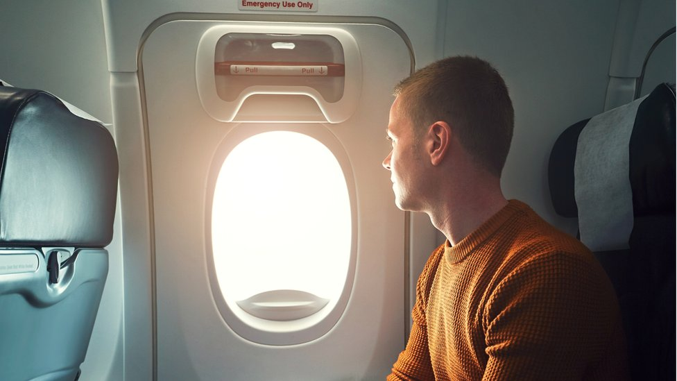 Un pasajero que viajaba en primera clase rumbo a Pekín intento hacerlo