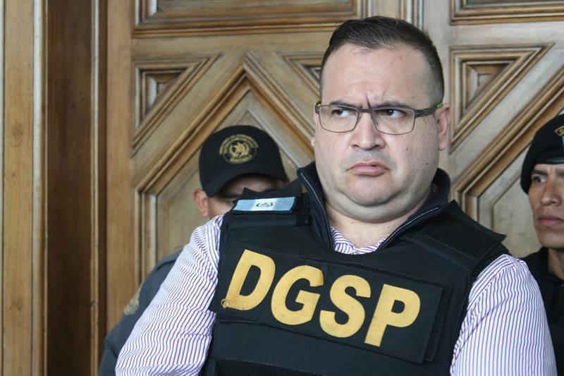 Exgobernador de Veracruz Javier Duarte se declara culpable y lo condenan a prisión