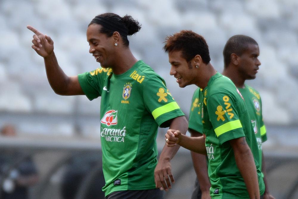 Ronaldinho aconsejó a Neymar sobre su futuro ¿Qué le dijo?
