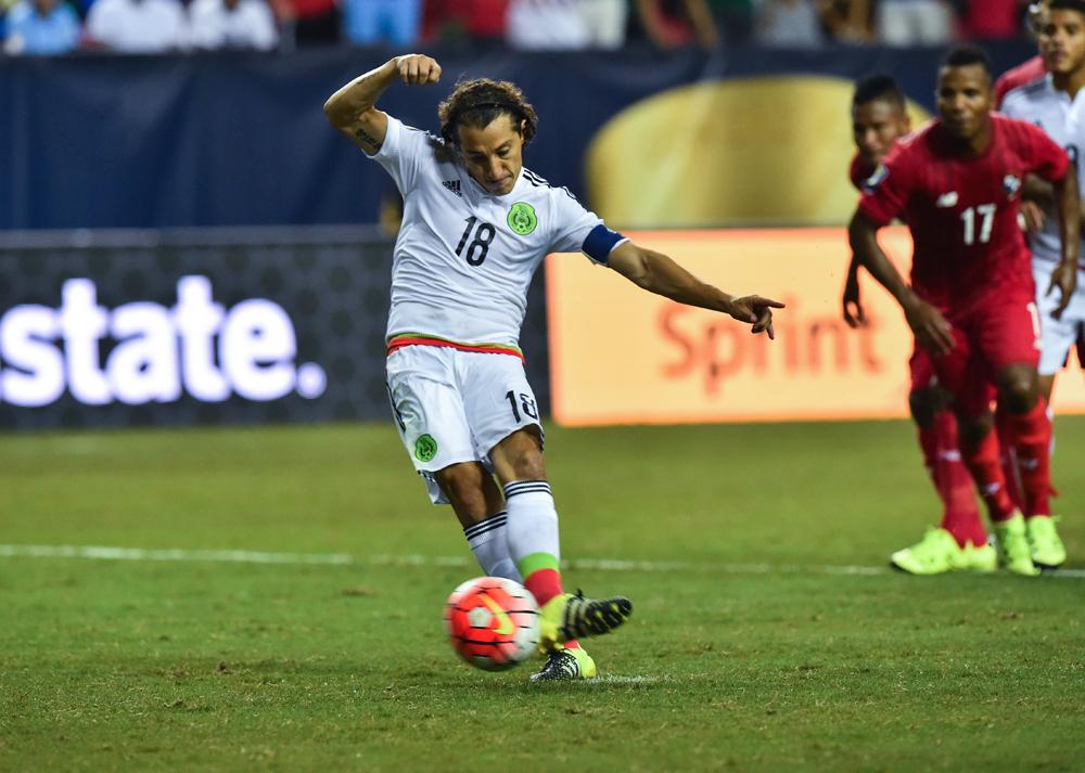 Guardado dijo que matarían a su familia si fallaba el penal ante Panamá en Copa Oro 2015