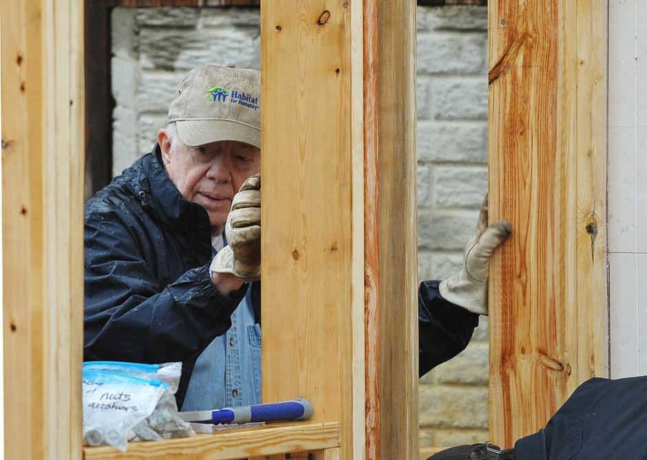 Hospitalizan al expresidente Jimmy Carter en Canadá por deshidratación