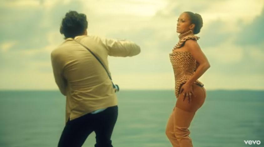 Jennifer López sacude con el estreno de su video y una imagen sin ropa interior