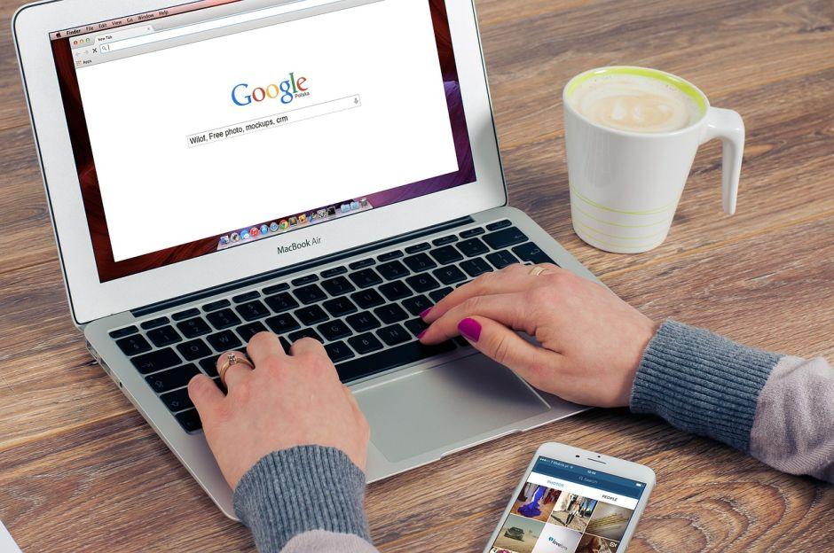 Mujer busca asesino por Internet para deshacerse de su exesposo