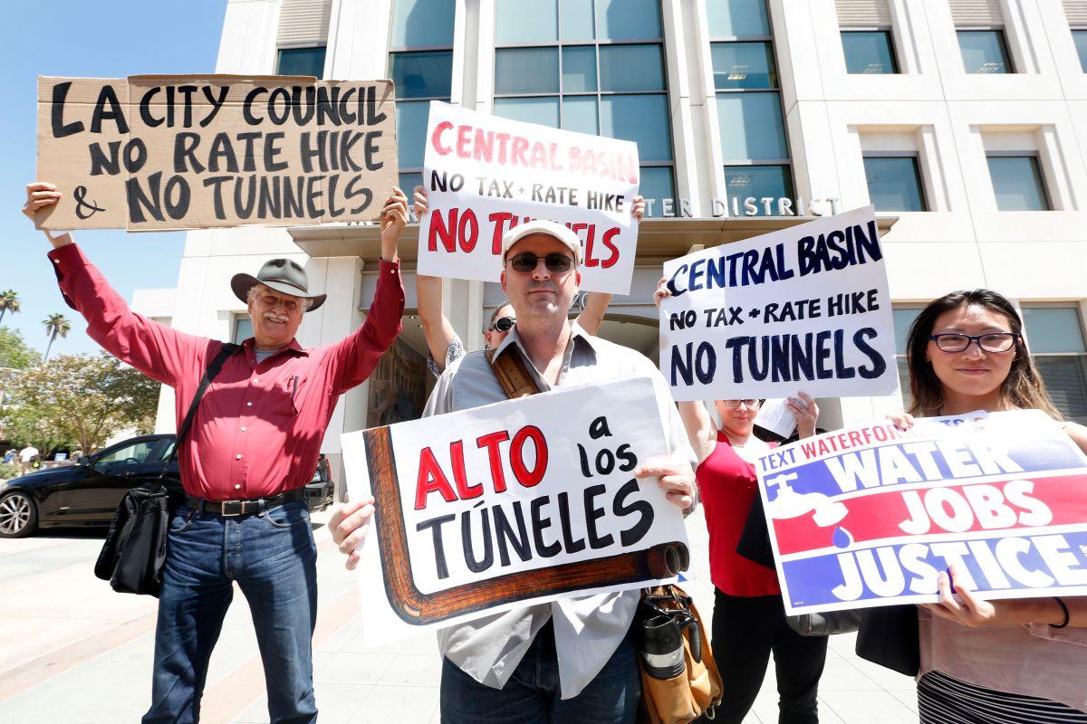 Protestan ante posible voto sobre el incremento del costo de agua