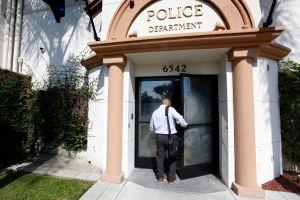 Denuncian salida masiva de oficiales de la Policía de Huntington Park