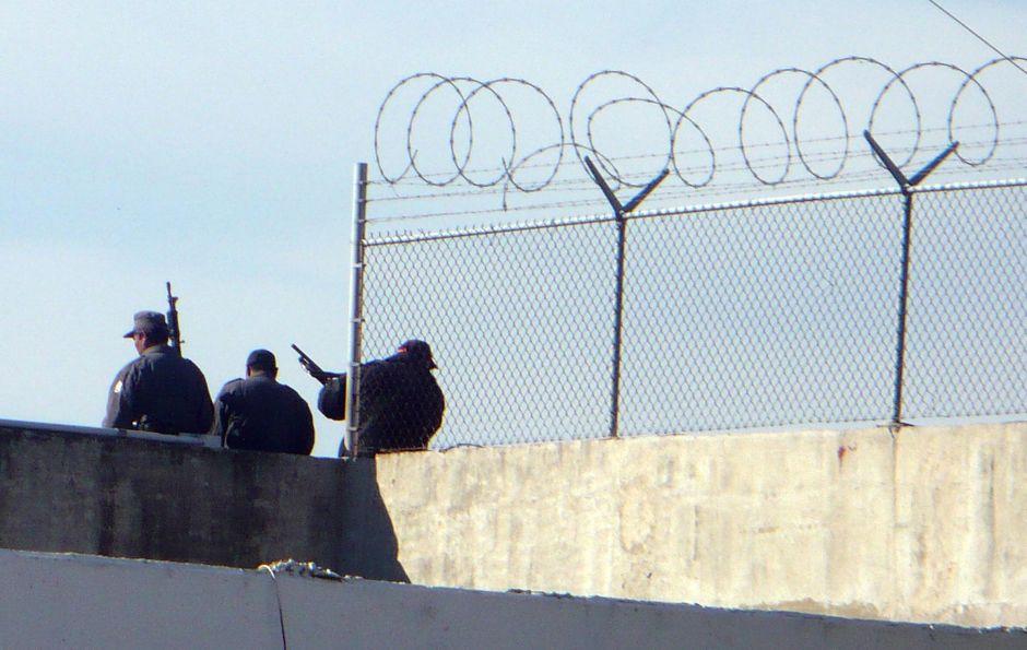 Mueren 9 presos en un motín en cárcel de México
