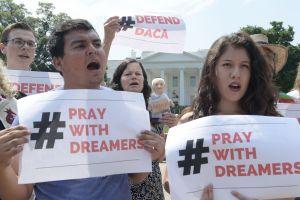 """Sigue la """"guerra psicológica"""" contra dreamers por el futuro de DACA"""