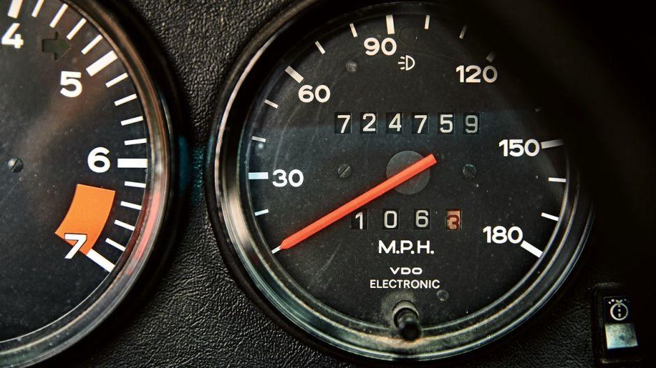 Porsche 911 con más de 725 mil millas