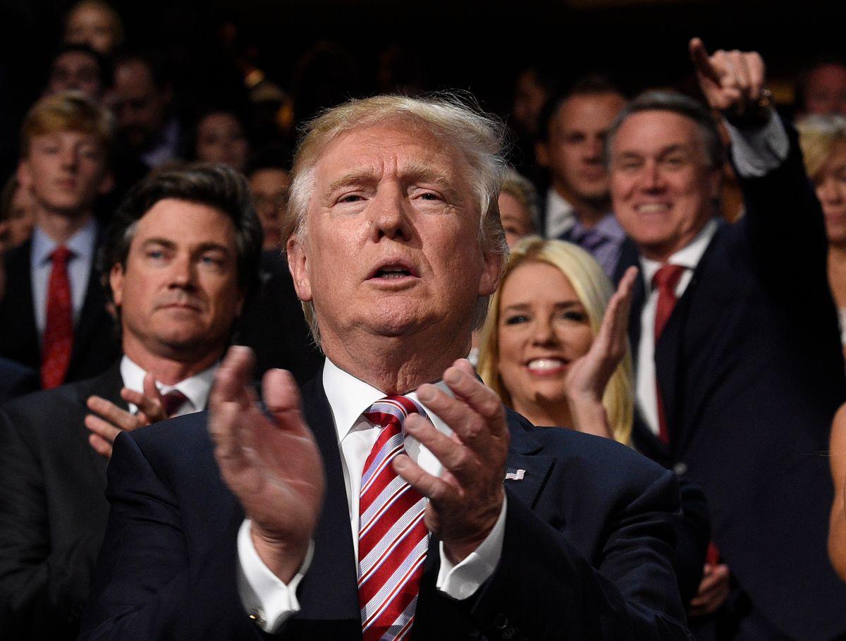 El libro dará luz sobre los enfrentamientos del ex director del FBI y Donald Trump