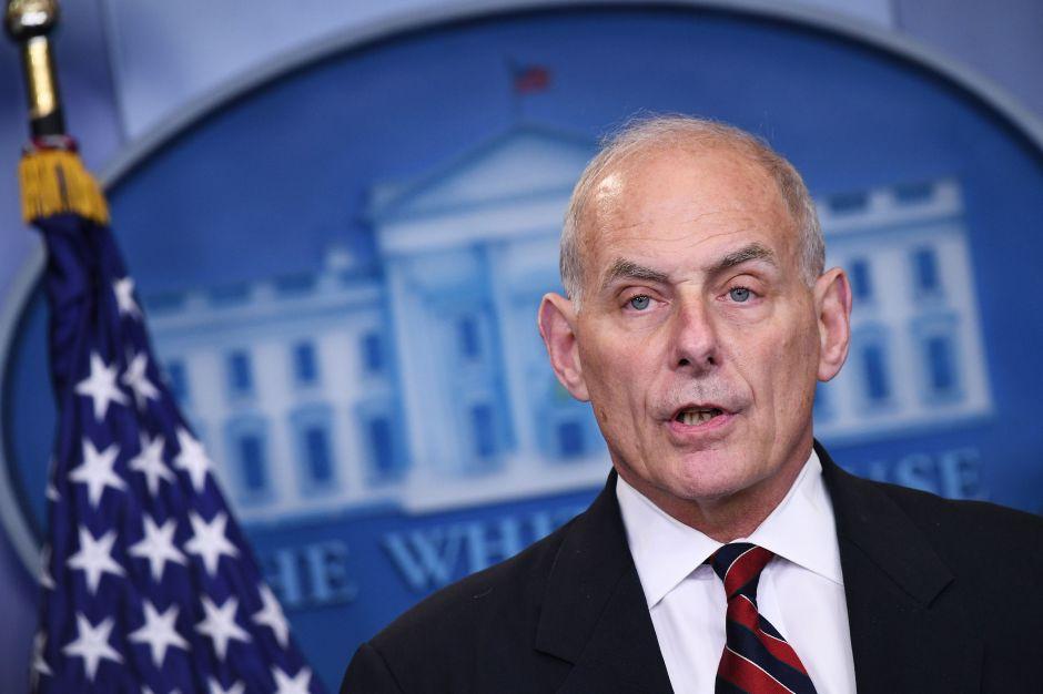 John Kelly dice que se debería dar ciudadanía a inmigrantes con TPS