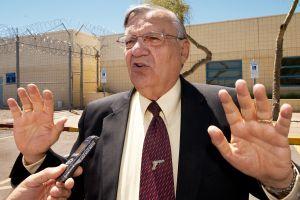 Nueva campaña electoral del sheriff Joe Arpaio revuelve la competencia del senado en Arizona